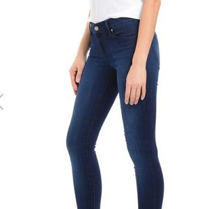 Ann Taylor The Skinny Jeans
